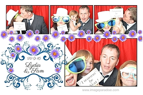 family inphoto booth