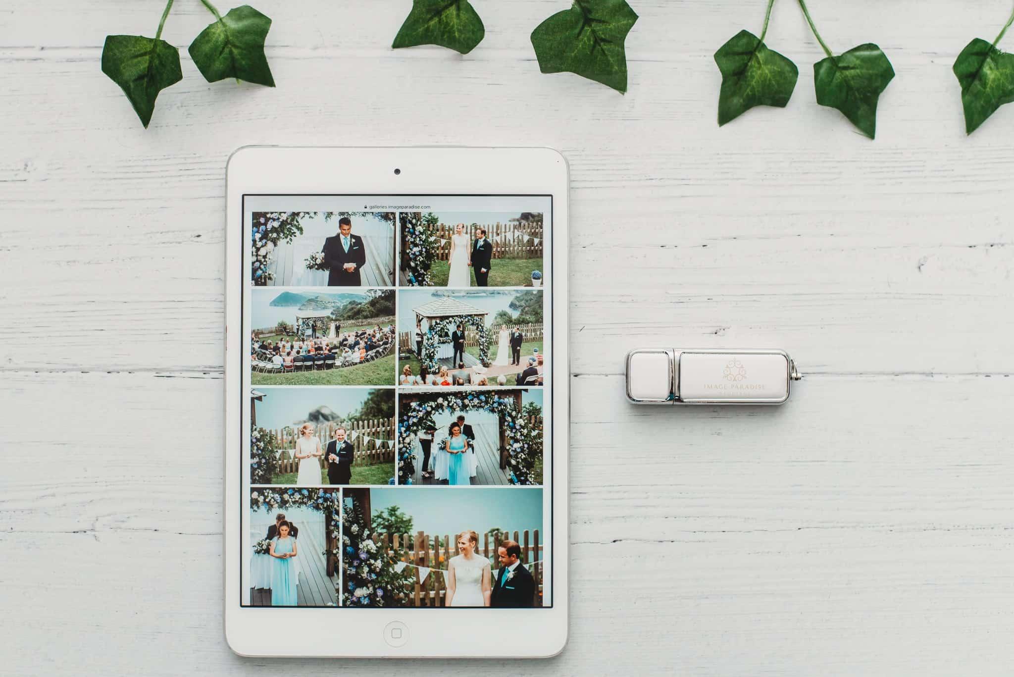 Digital gallery and USB