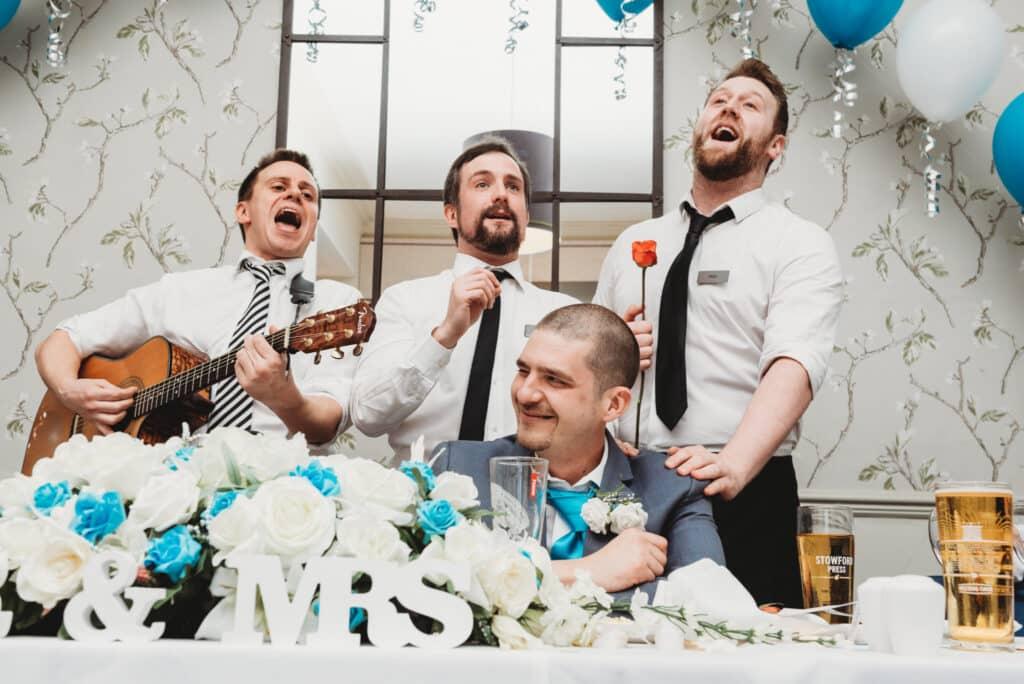 Singing-waiters-Walton-park-hotel