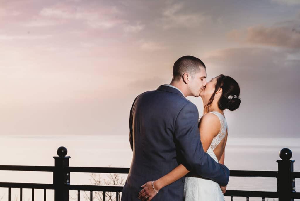 sun set kiss Walton-Park-hotel-wedding-photographer