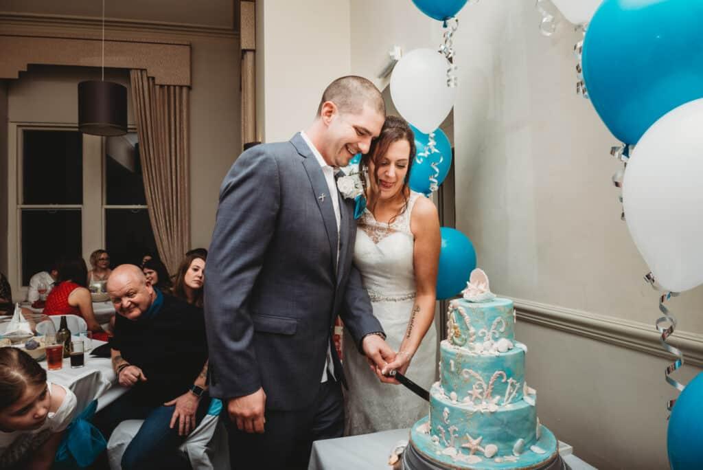 cutting-cake-walton-park-hotel-wedding